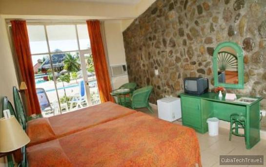 Hotels: Club Amigo Carisol Los Corales, Santiago de Cuba. Cuba