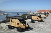 Colonial Fortress: Fortaleza de San Carlos de la Cabaña, Havana City