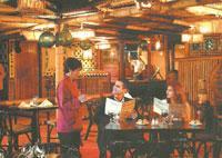 Restaurants: Polinesio
