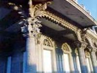 Architecture: Palacio de Guasch