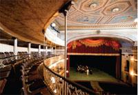 Theaters: Sauto, Theater
