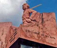 Monuments: Mayor General Vicente Garcia, Revolution Square