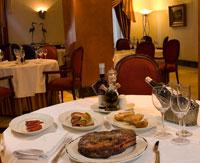 Restaurants: El Paseo, Hotel Parque Central
