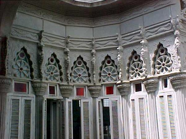 Monuments: Palacio de Guasch