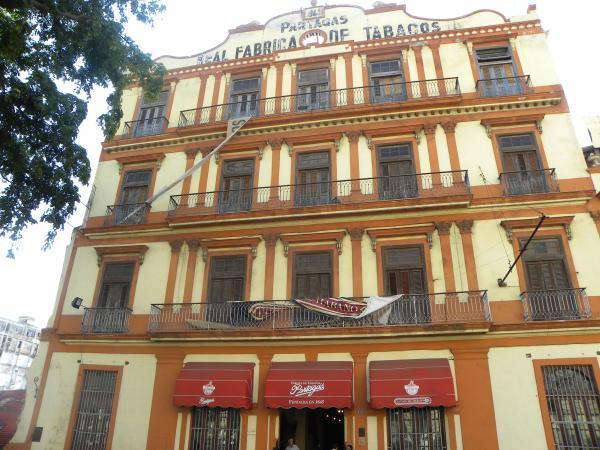 Cigar Factory Tours: Partagas Cigar Factory