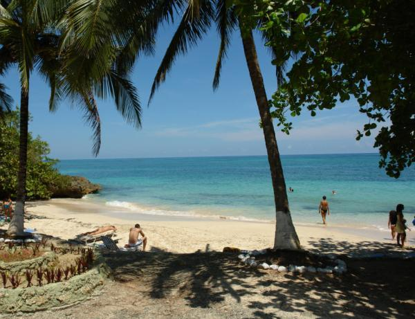 Beaches: Maguana Beach