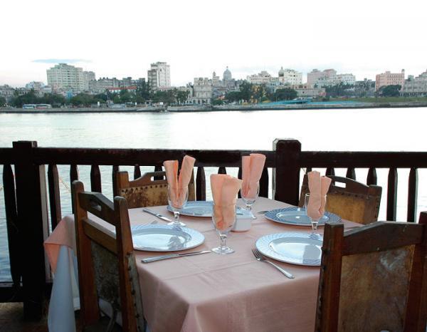 Restaurants: Bodegon Onda