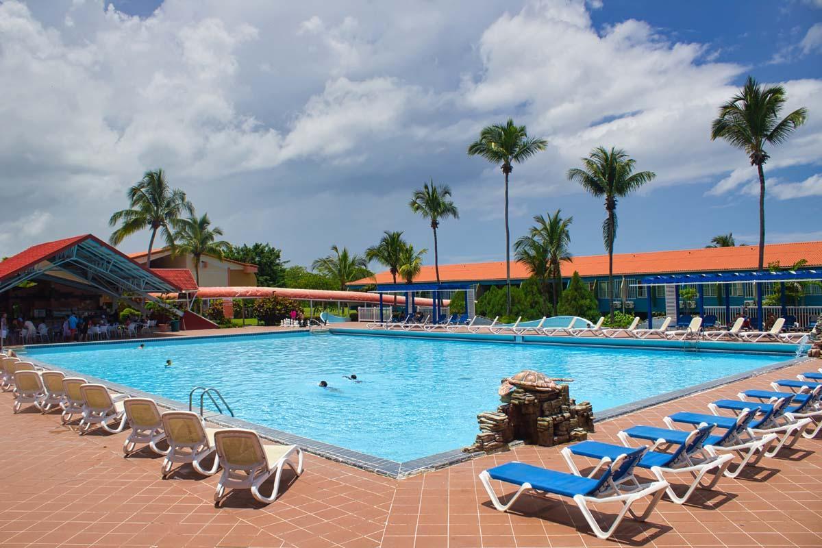 Rancho Luna Hotel